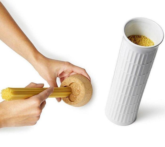 Контейнер для хранения спагетти в виде Пизанской башни 5
