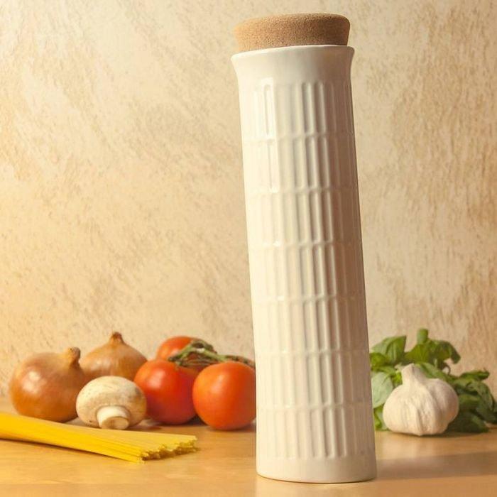 Емкость для хранения спагетти в виде Пизанской башни
