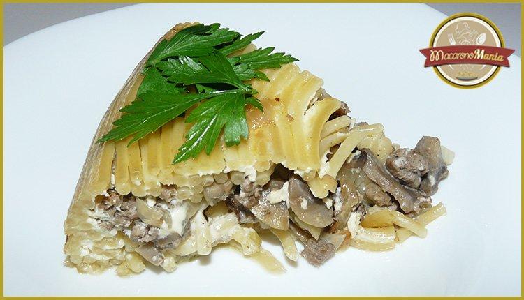 Тимбаль или пирог из макарон. Готовое блюдо