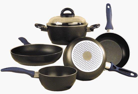 Выбор посуды для приготовления еды. Посуда с тефлоновым покрытием
