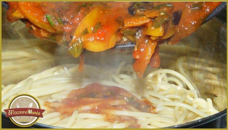 Паста с кабачком (цукини) в томатном соусе от Энрико Карузо. Пошаговый рецепт. Шаг 9