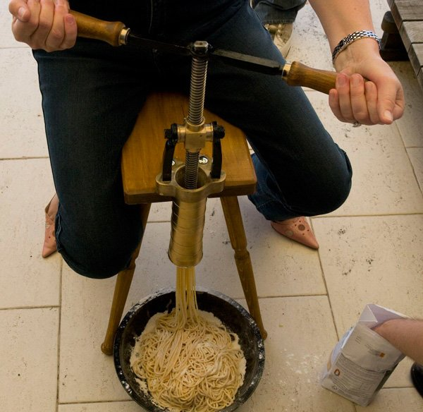 Bigolaro – ручной пресс для спагетти-4