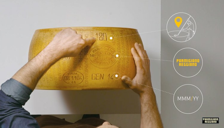 Как производят настоящий пармезан. Маркировка сыра Parmigiano Reggiano