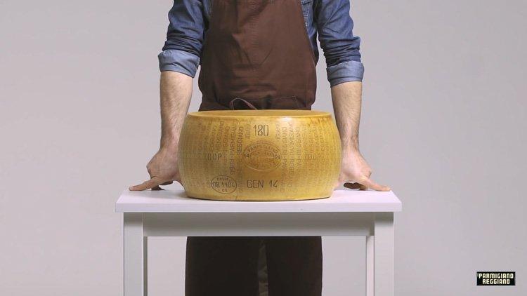 Пармезан. Неповторимый сыр Италии