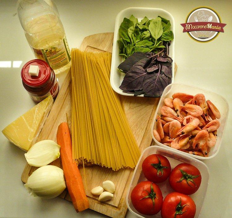 Спагетти с креветками под соусом маринара. Ингредиенты