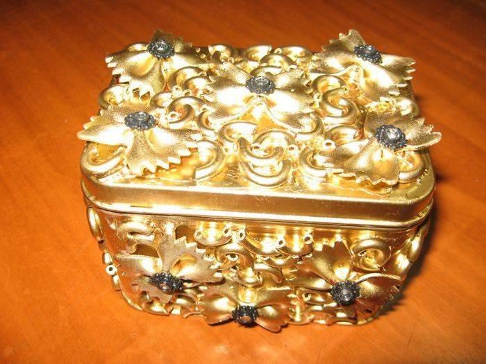 Поделки и сувениры из макарон. 1 часть. 14