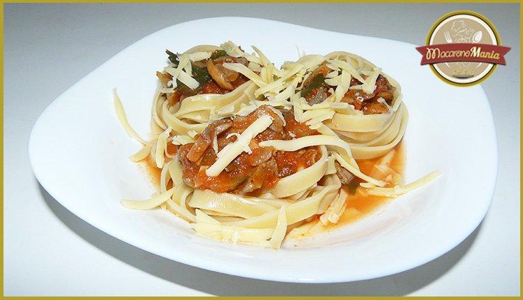 Приготовление рецепта - макароны с печенью. Фото готового блюда