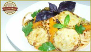 Паста с кабачком (цукини) в томатном соусе от Энрико Карузо. Готовое блюдо