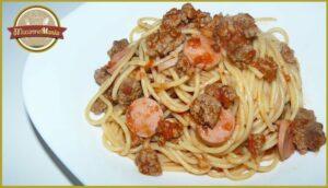 Спагетти с томатным соусом из фильма «Крестный отец». Готовое блюдо