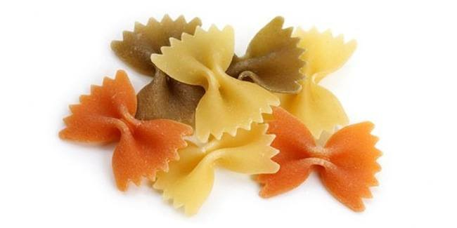 Цветные фарфалле (итал. farfalle — бабочки) цветные макароны бантики