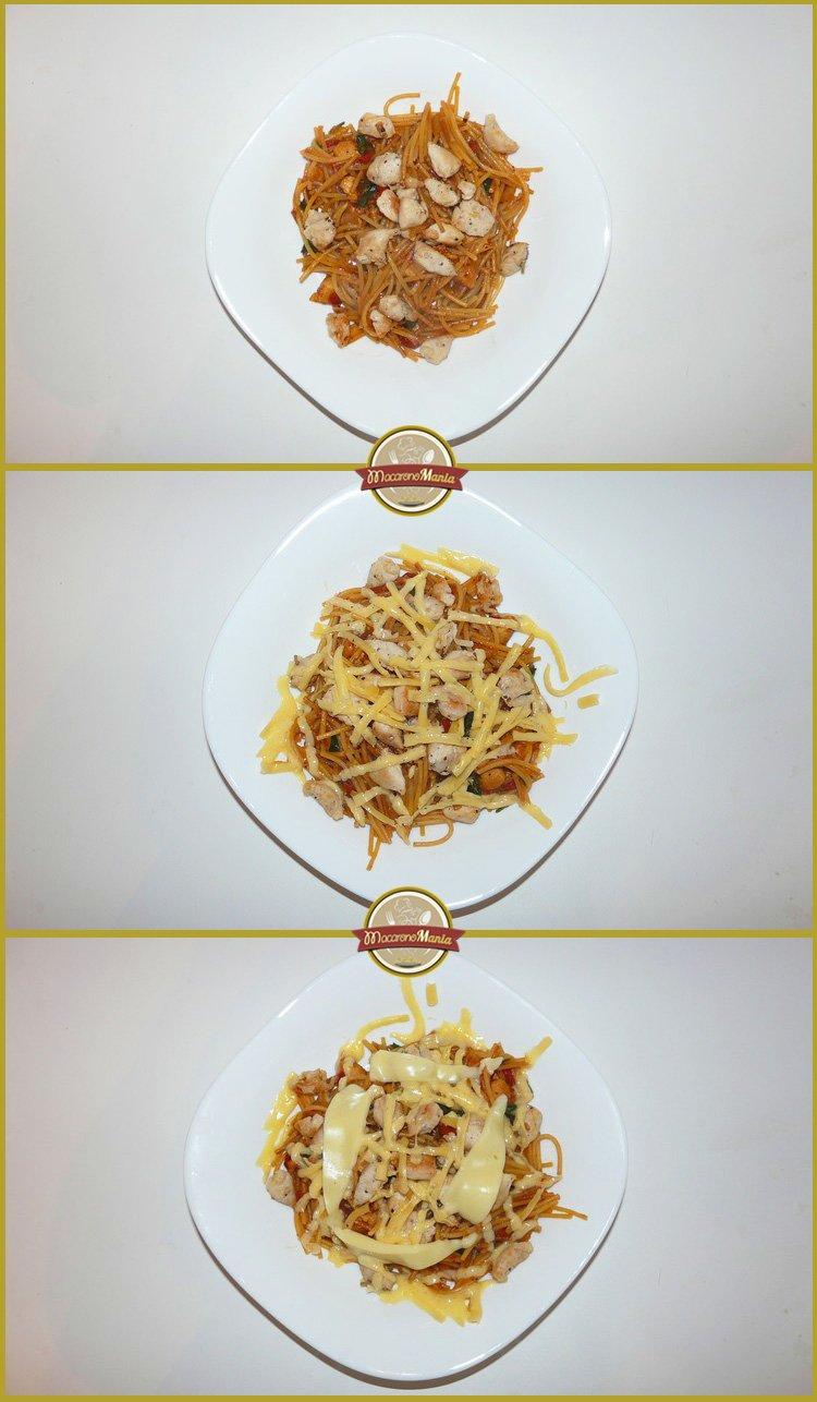Жареные макароны с курицей и сыром. Готовое блюдо 1